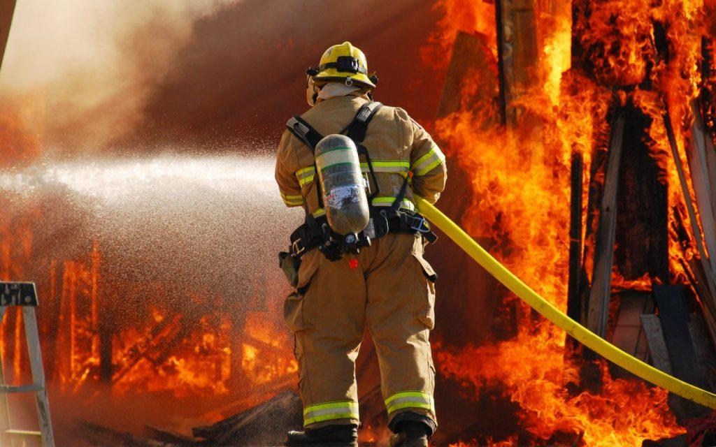 три крупных пожара