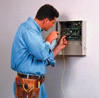 продолжаются проверки систем пожарной сигнализации